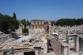 De brief van de apostel Paulus aan de gemeente van Efeze. Tweecommentaren
